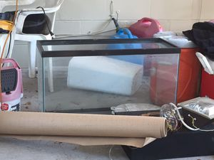 Salt water fish tank for Sale in Tampa, FL