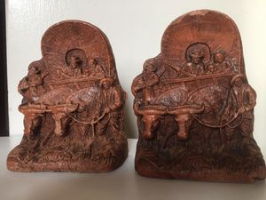 Vintage Wagon Train Western Bookends for Sale in Tacoma, WA