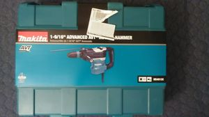 Brand New box never opened/Makita-11-Amp-1-9-16-in-Corded-SDS-MAX-Conrete-Masonry-AVT-Anti-Vibratio for Sale in Anaheim, CA