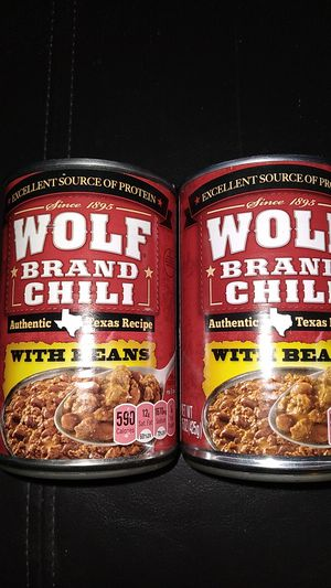 Wolf brand chili with beans to 15 oz cans expiration July 7th 2022 both for $1 for Sale in San Diego, CA