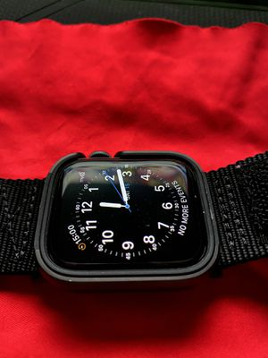 Apple Watch series 5 44mm for Sale in Fresno, CA