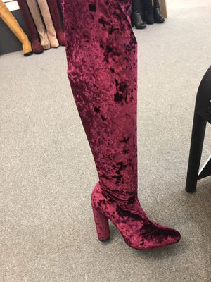 Size 8 thigh high boots for Sale in Houston, TX
