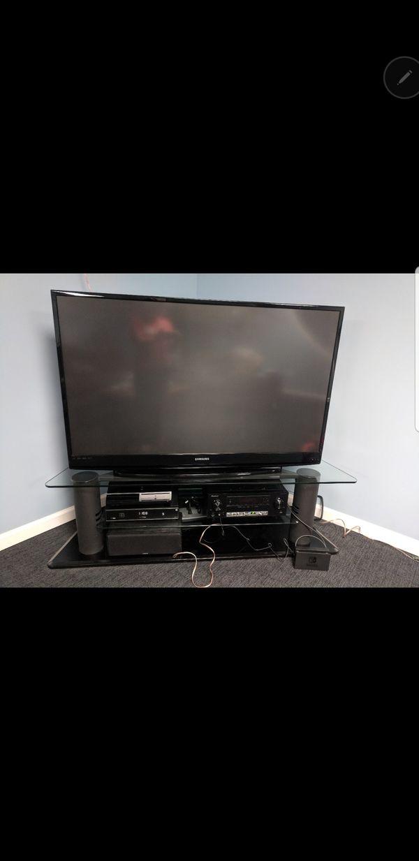 Samsung TV 56 inch