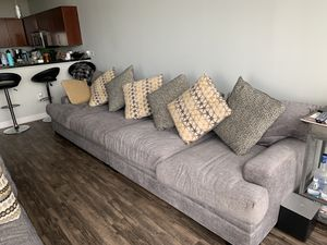 3 piece sectional couch for Sale in Orlando, FL
