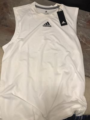 Adidas men T-shirt for Sale in Newcastle, WA