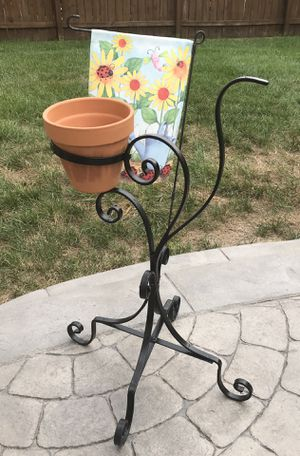 Black iron planter for Sale in Stafford, VA