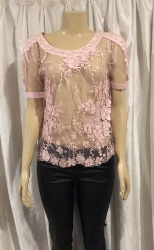 Lizette Collection Embroidered Flower Top for Sale in Whittier, CA