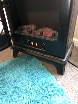Duraflame fireplace space heater! for Sale in Des Moines, IA