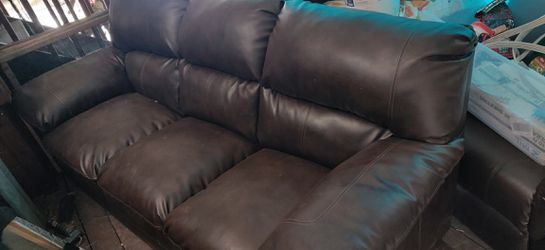 Nicholas Leather sofa and loveseat (2695.00 value) for Sale in West Jordan,  UT