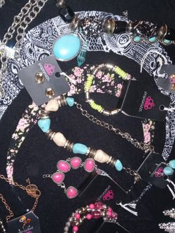 Happy Valentine's Day! Brand New Jewelry!! You Name Your Price!! Have Lots Of It!!! Lowww Prices!!! for Sale in Pensacola,  FL
