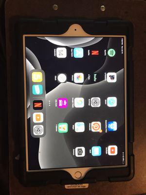iPad 6th generation for Sale in Dallas, TX