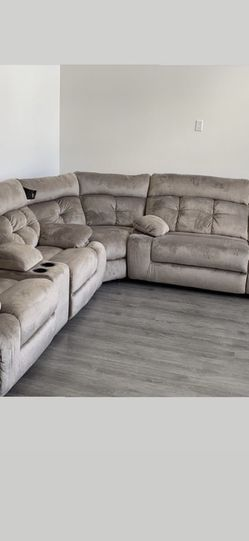 Large Electric Sectional for Sale in Coronado,  CA