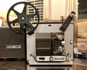 Bell and Howell autoload Projector from the 1960s for Sale in West Covina, CA