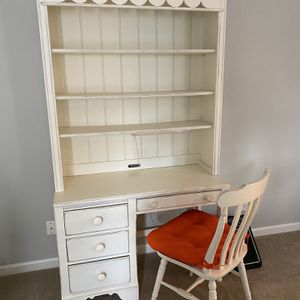 Student Desk, Hutch + Chair for Sale in Norcross, GA
