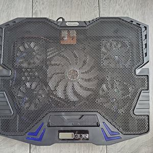 TopMate C5 10-15.6 inch Gaming Laptop Cooling Pad for Sale in Columbia, SC