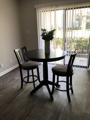 Breakfast nook table + 2 chairs for Sale in Clearwater, FL