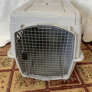 "Dog Pet Kennel Carrier 40"" X 30"" X 27"" for Sale in Homosassa, FL"
