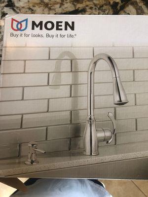 Moen kitchen faucet for Sale in La Mirada, CA