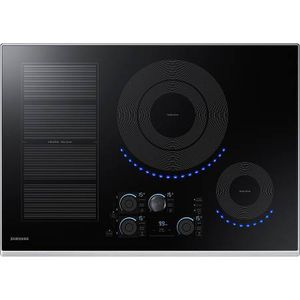 """*Brand New* Samsung 30"""" 5-Element 'Smart' Induction Cooktop - Stainless Trim for Sale in Snohomish, WA"""