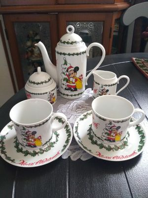 Vintage Disney Mickey Mouse Merry Christmas Tea Set (7Pc.) Made in Japan for Sale in Wilmington, CA
