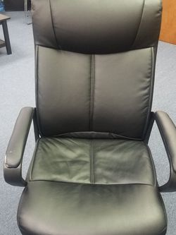 Leather Office Chair for Sale in Issaquah,  WA