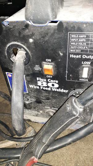 115 volt flux core 80 wire feed welder for Sale in Lebanon, TN