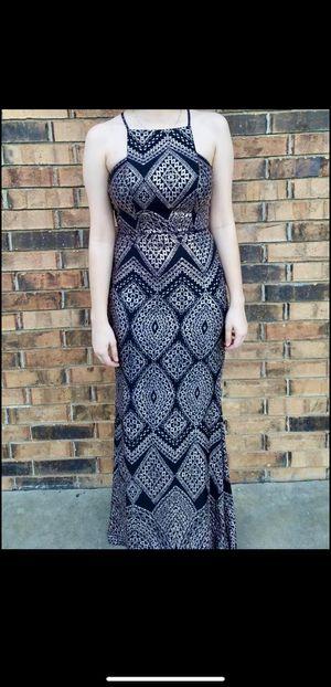Von Maur Prom Dress Size 5 for Sale in Fairfield, CA