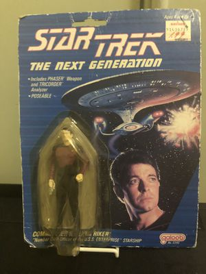 "Oh 1988 Star Trek ""The Next Generation"" Commander William Riker action figure includes Phaser Weapon and Tricotder Analyzer for Sale in San Francisco, CA"