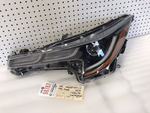 2019 2020 TOYOTA COROLLA LEFT SIDE LED HEADLIGHT OEM for Sale in Compton, CA