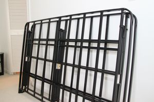 Queen size bedframe for Sale in San Francisco, CA