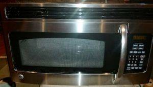 Stove and microwave for Sale in Springfield, VA