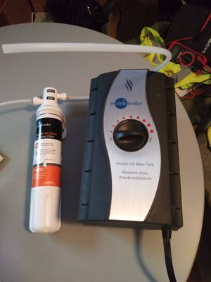 InSinkErator HWT-F1000S - Instant Hot Water Tank, One Size, Silver for Sale in Dallas, TX
