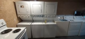 "ELECTRIC 220VOLT LAUNDRY CENTER WHIRLPOOL NEW only used display 24"" for Sale in Santa Ana, CA"