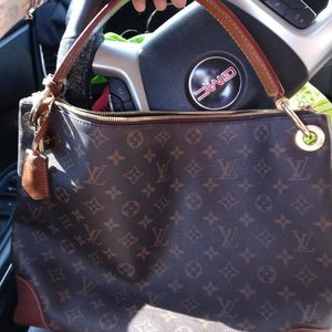 Louis Vuitton Bag for Sale in Valley Center, CA
