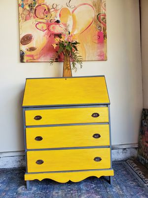 Secretary desk/table dresser for Sale in Long Beach, CA