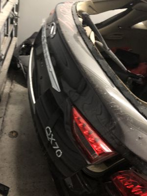 Parting Out 2017 Infinity QX70 for Sale in Miami Gardens, FL