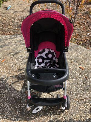 Baby stroller for Sale in Hayward, CA