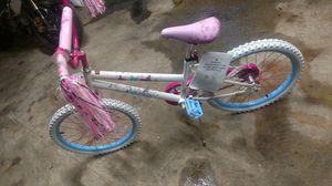 Brand new girls 20 inch bikes. I have 2 for Sale in Nashville, TN