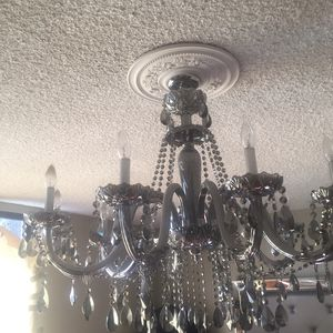 Z Gallery Gray Chandelier for Sale in Beverly Hills, CA