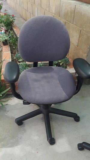 Office chair. for Sale in Riverside, CA