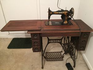 Singer Treadle Sewing Machine w/Electric Motor for Sale in Portsmouth, VA