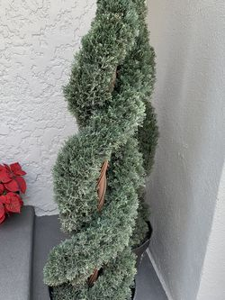Artificial Topiary Trees for Sale in Lynwood,  CA