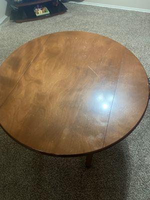 Small kitchen table for Sale in Grand Prairie, TX