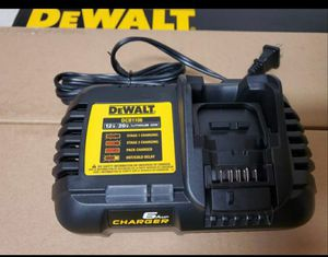 Dewalt DCB1106 6Amp Fast Charger for Sale in Vancouver, WA