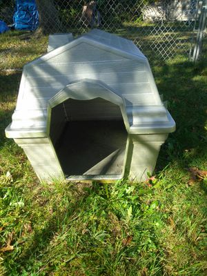 Large dog house for Sale in Egg Harbor City, NJ