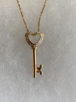 Na Hoku 14k Rose Gold Pendant w/ chain Diamonds Mother of Pearl for Sale in Henderson, NV