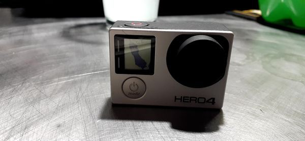 GoPro Hero4 ( cracked screen)