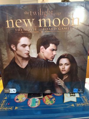 The twilight saga New moon the movie board game $10. I have only played it 2 times just don't have time to play anymore for Sale in Salt Lake City, UT