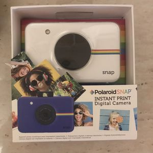 Polaroid Snap (Instant Print Digital Camera) for Sale in Springfield, MA
