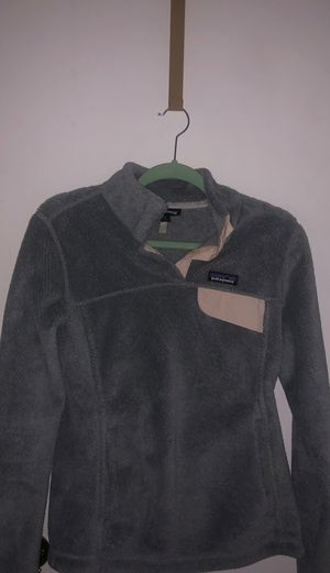 Gray Patagonia snap-fleece for Sale in Naperville, IL